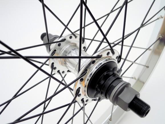 ezra wheel 03