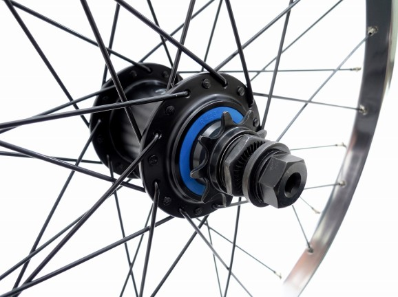 cult wheel 05