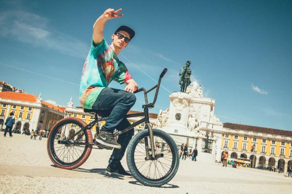 Sam Jones Bike Check 12