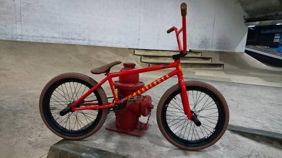 Kriss Kyle Red Passenger Colourway 06