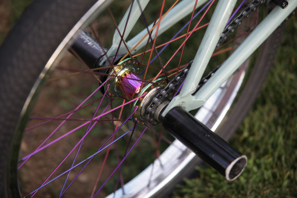 Colony Stainless Steel Spokes (Rainbow) 02
