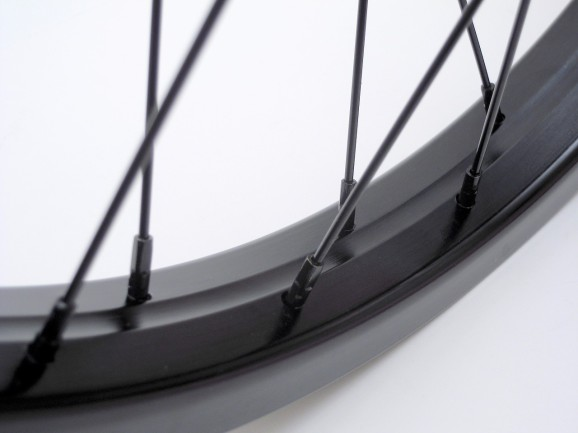 Pintour 18″ Front Wheel 03