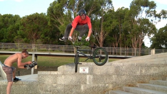 ALEX HIAM - INSANE 2016 BMX VIDEO