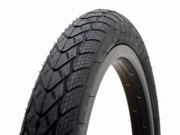 Academy 701 Tyre 02