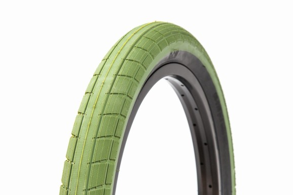 Donnasqueak Tires